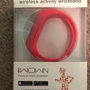 NWT iWOW activity tracker